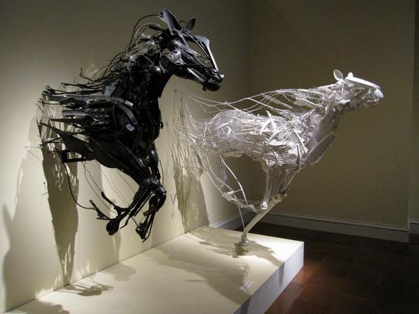Скульптуры из вторсырья